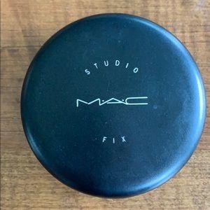 MAC Studio Fix Foundation + Powder